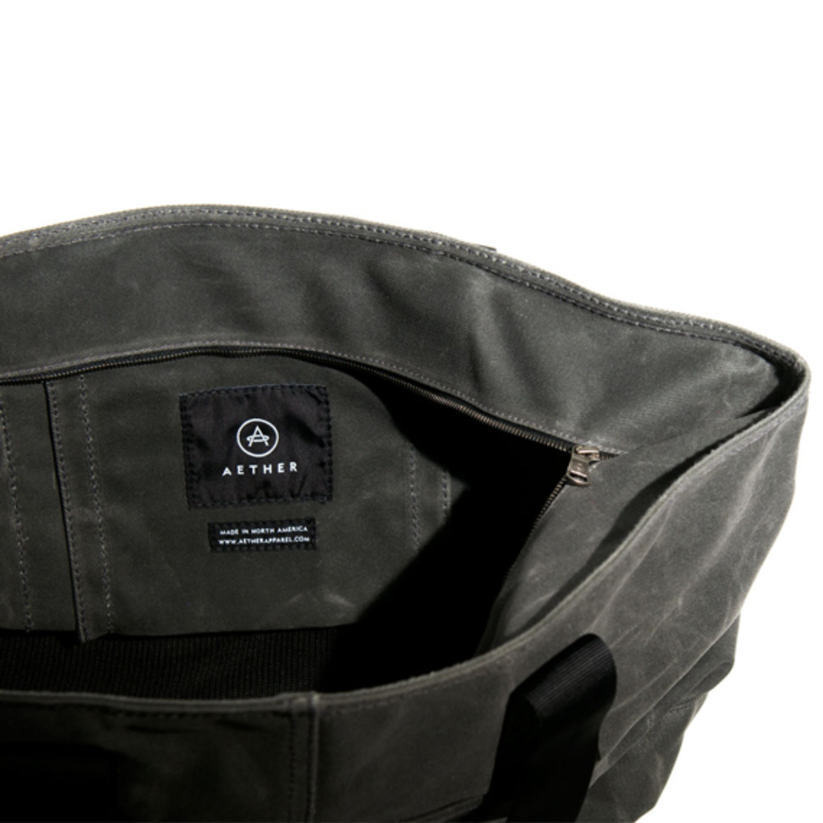 aether-canvas-utility-tote-bag-08