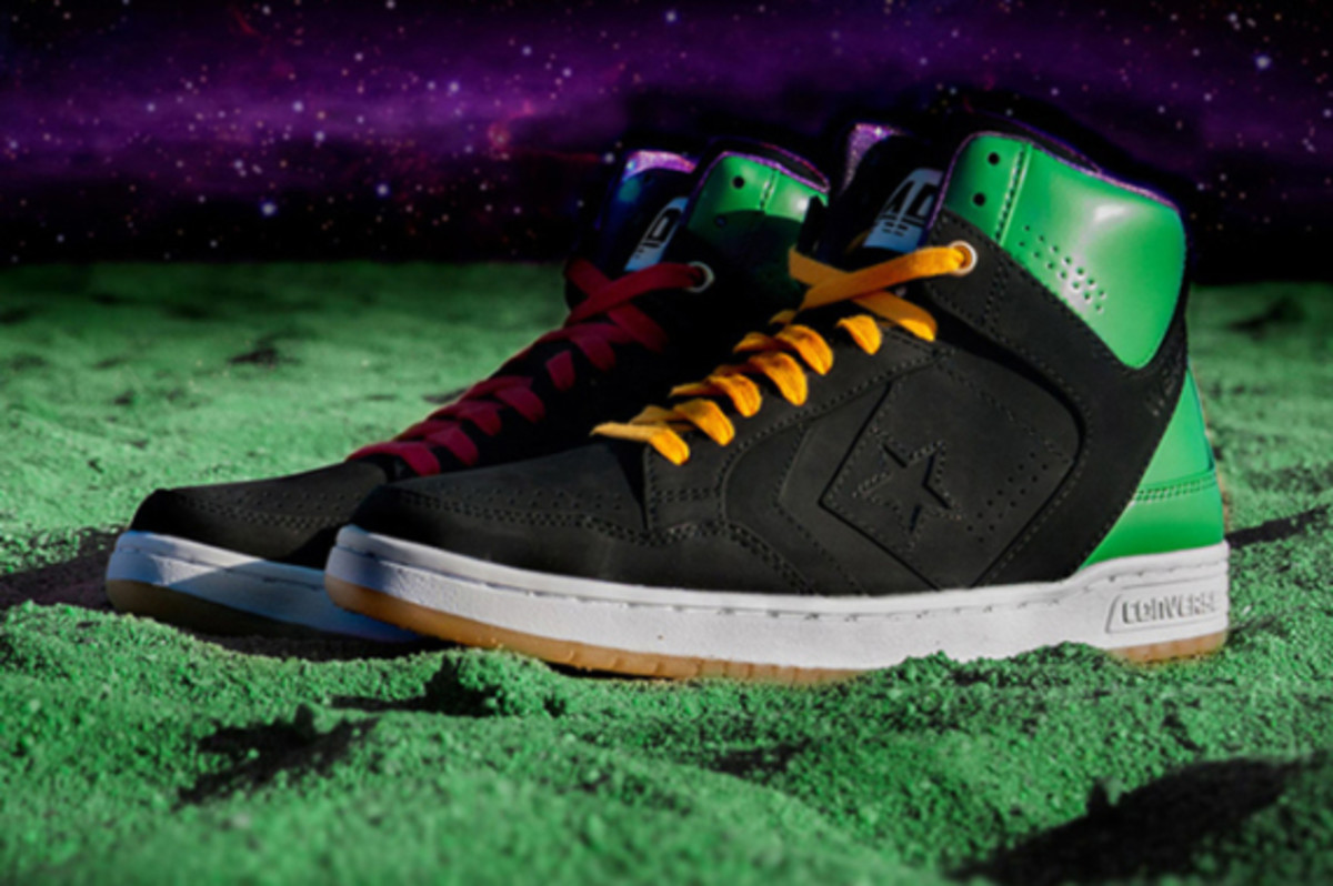 converse-space-invaders-pack-02