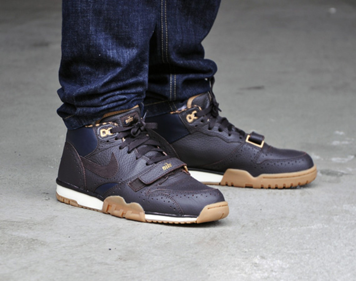 release date: uk store reasonable price Nike Air Trainer 1 Mid PRM QS -