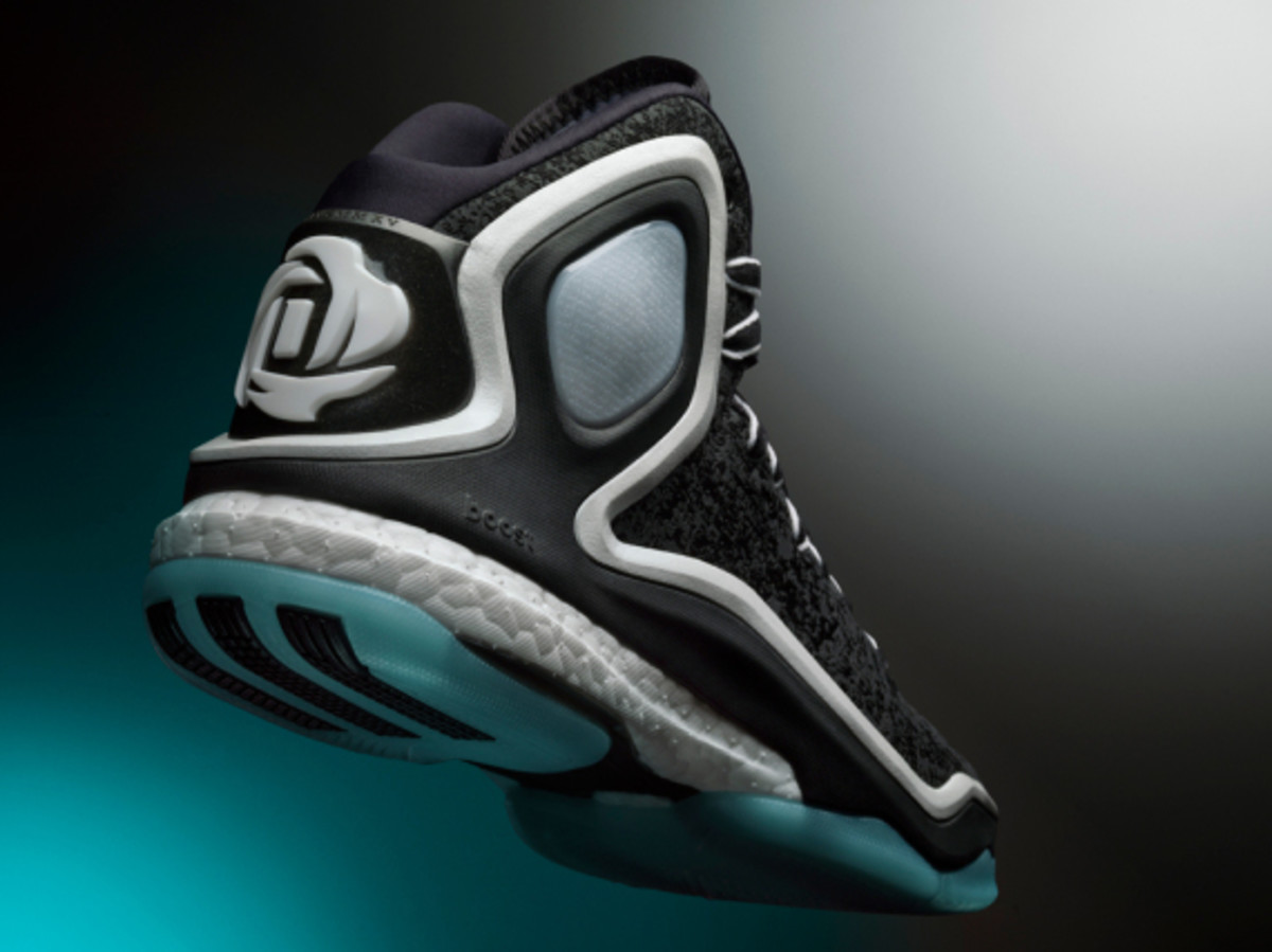 adidas-d-rose-5-boost-chicago-ice-woven-blues-02