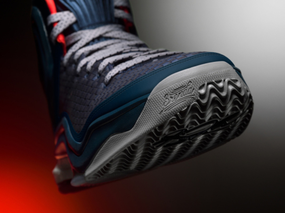 adidas-d-rose-5-boost-chicago-ice-woven-blues-06
