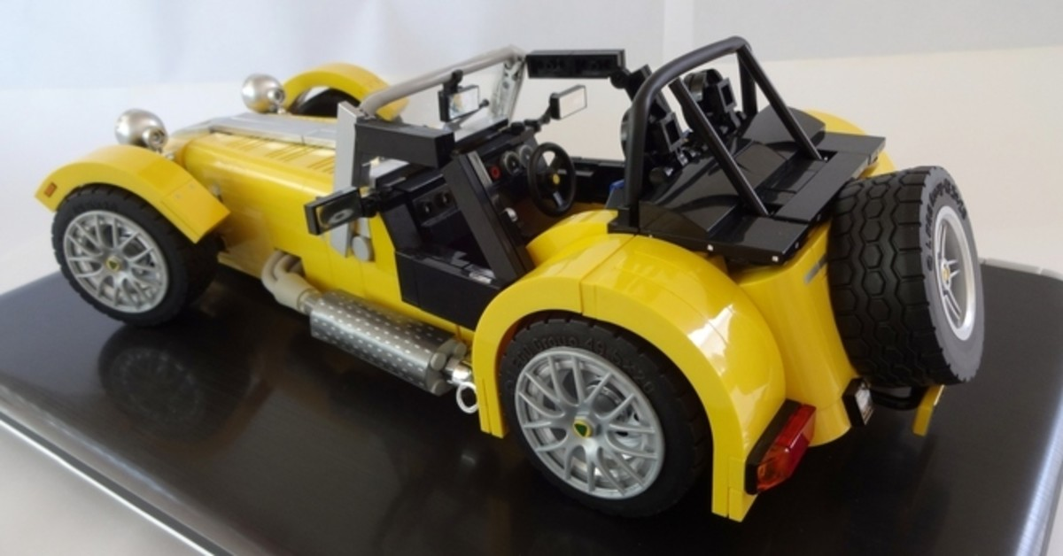 the-lego-caterham-super-seven-to-hit-the-shelves-3.jpg