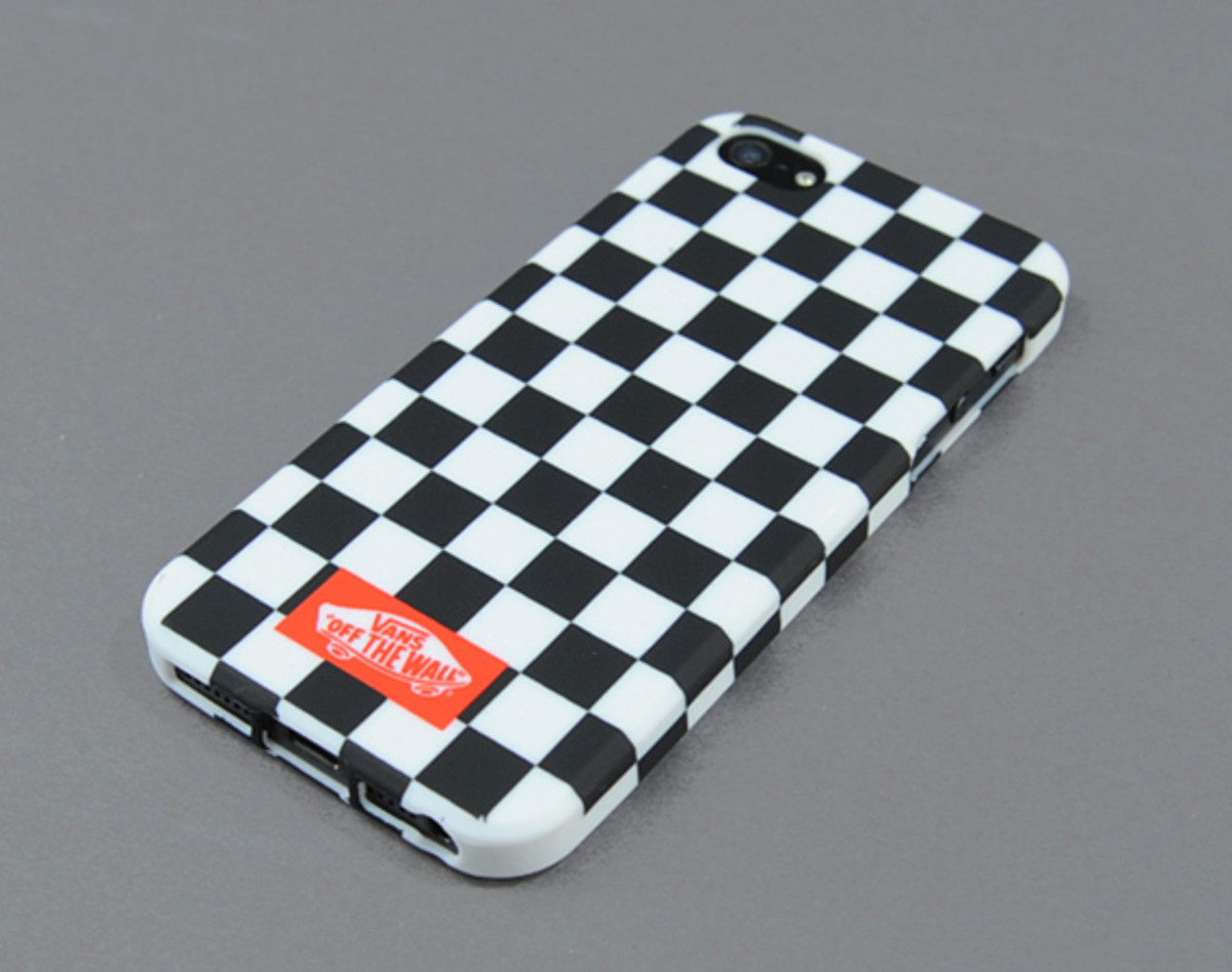 vans-checker-plate-case-for-apple-iphone-5-06