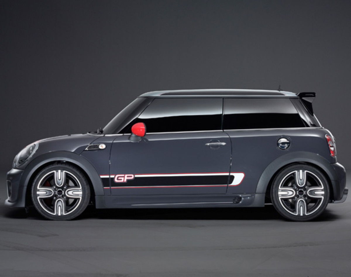 mini-john-cooper-works-gp-03