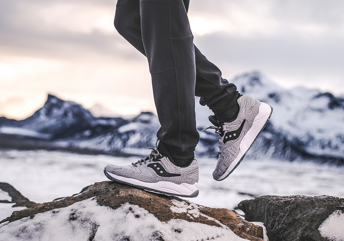 1000-saucony-grid-9000-dirty-snow-0