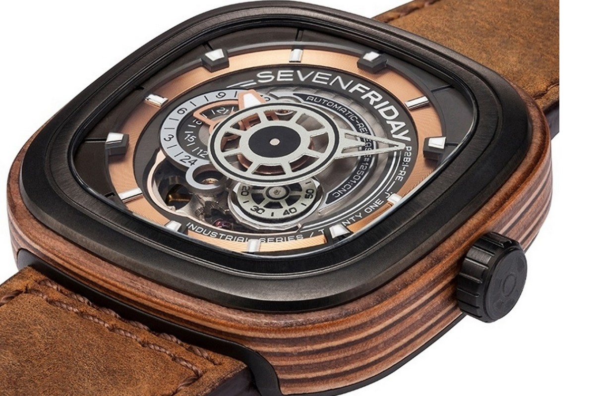 sevenfriday-p2b03-w-woody-limited-edition-1
