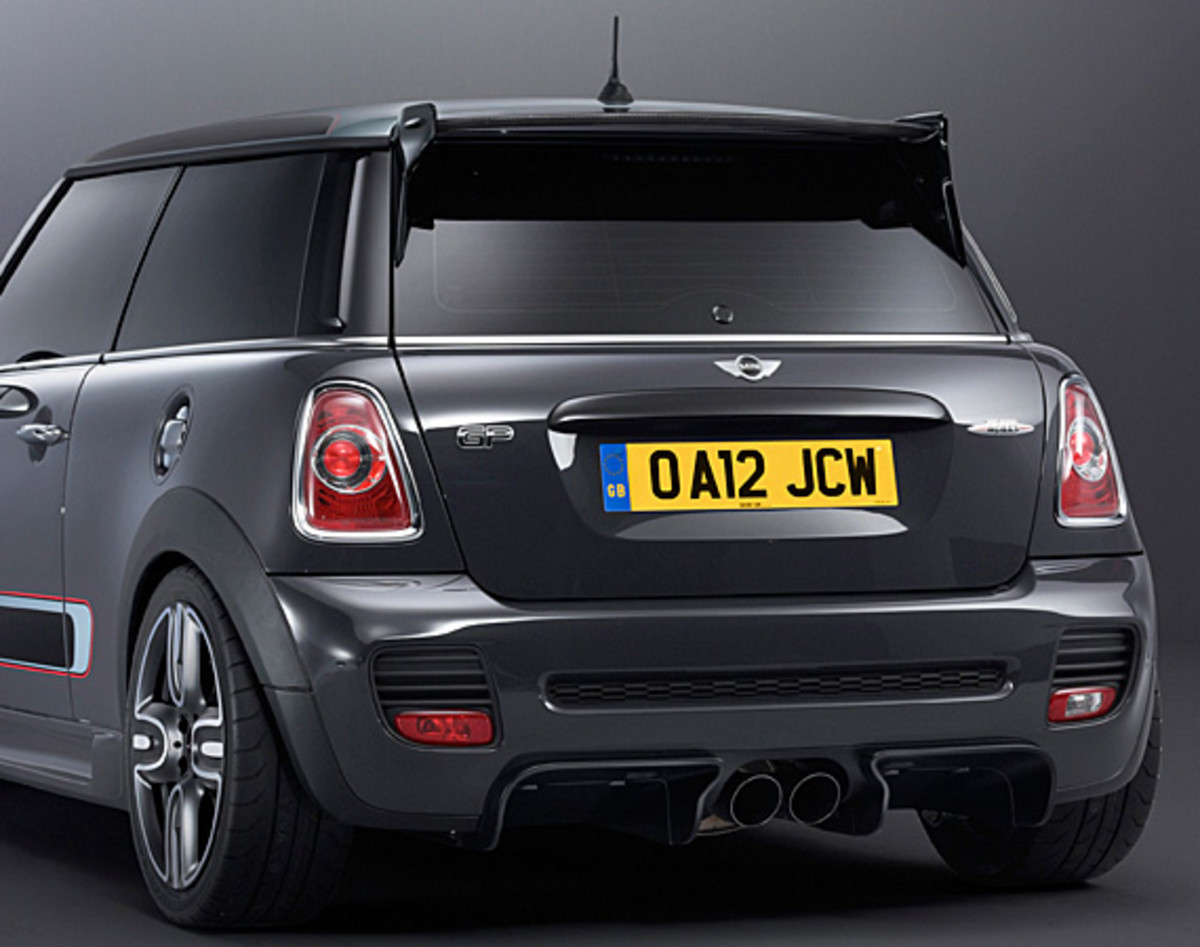 mini-john-cooper-works-gp-10