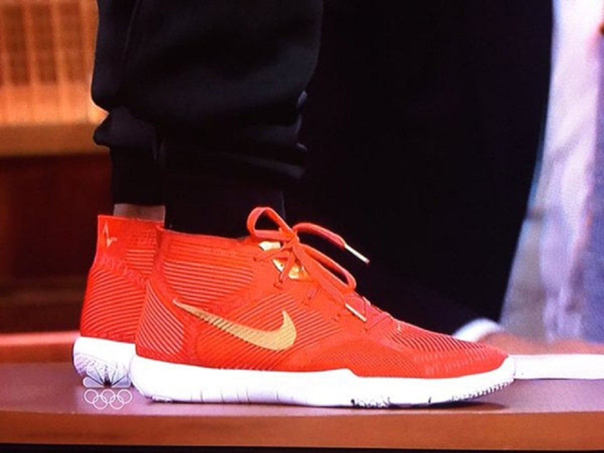 kevin-hart-reveals-his-new-signature-nikes-on-the-tonight-show-3
