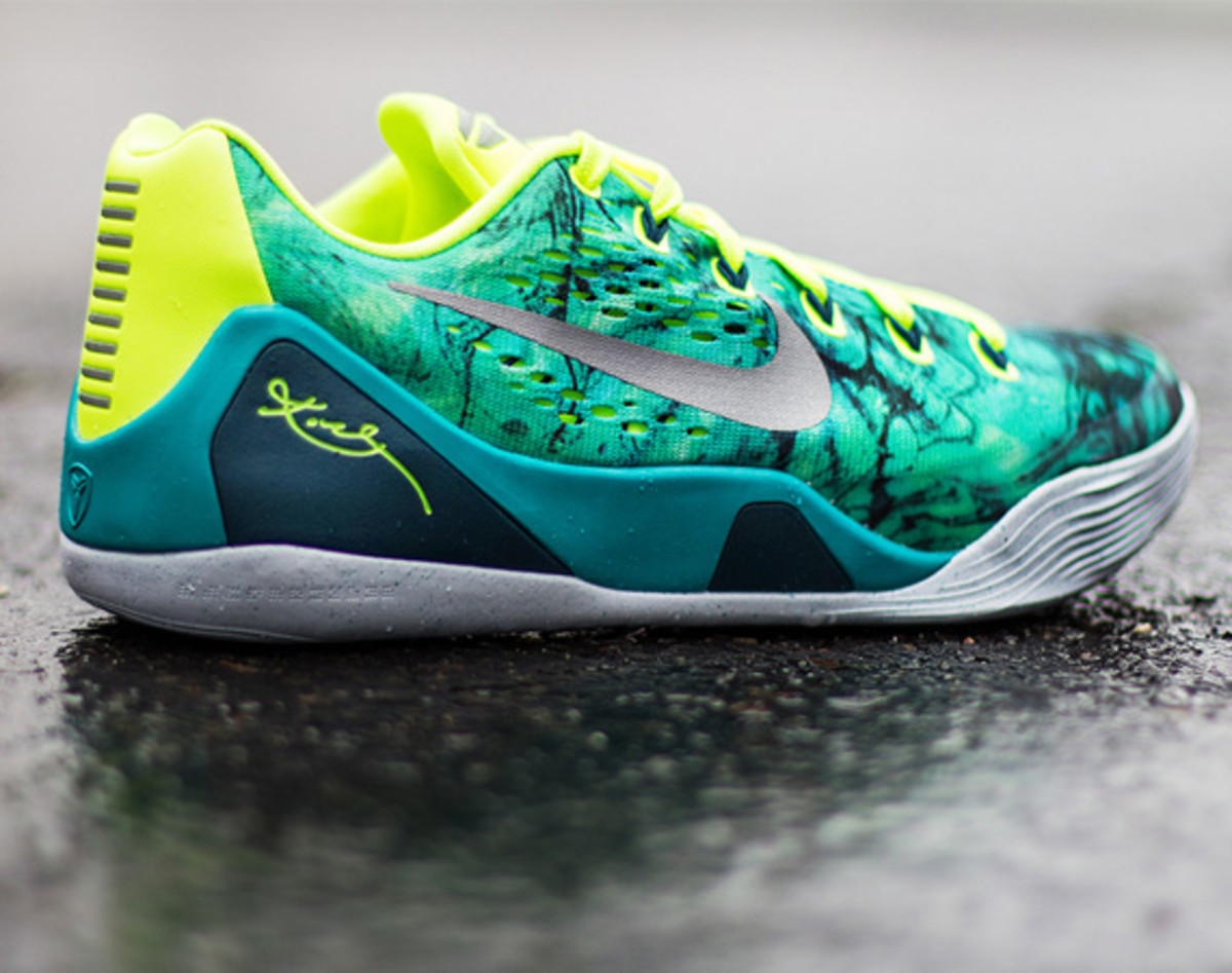nike-basketball-2014-easter-pack-available-now-a1