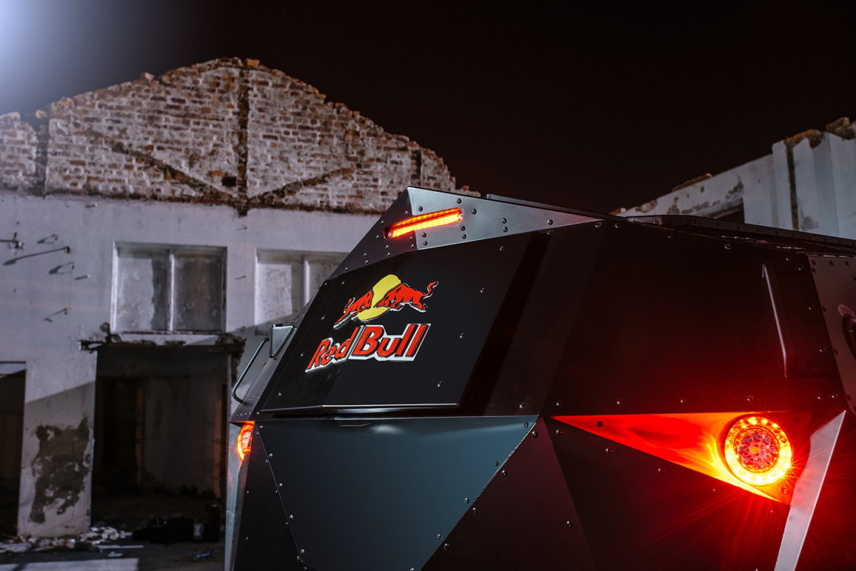 red-bull-armored-event-vehicle-08