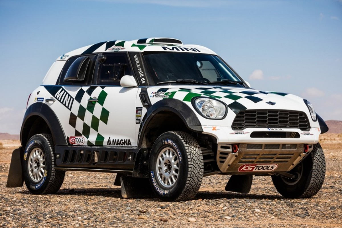 mini-unveils-their-all4-racing-entry-for-the-2016-dakar-rally-1