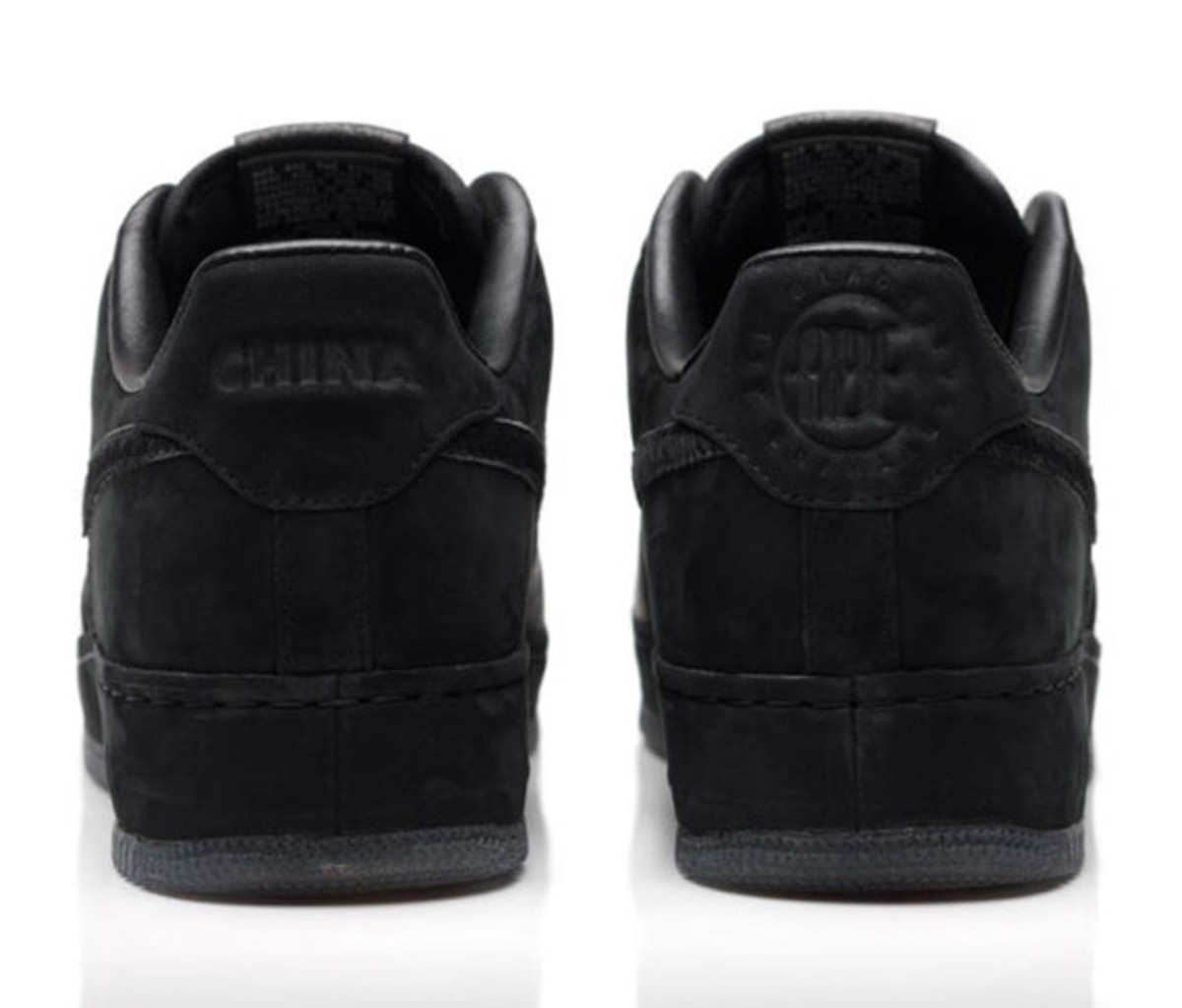 jay-z-nike-air-force-1-all-black-everything-china-04