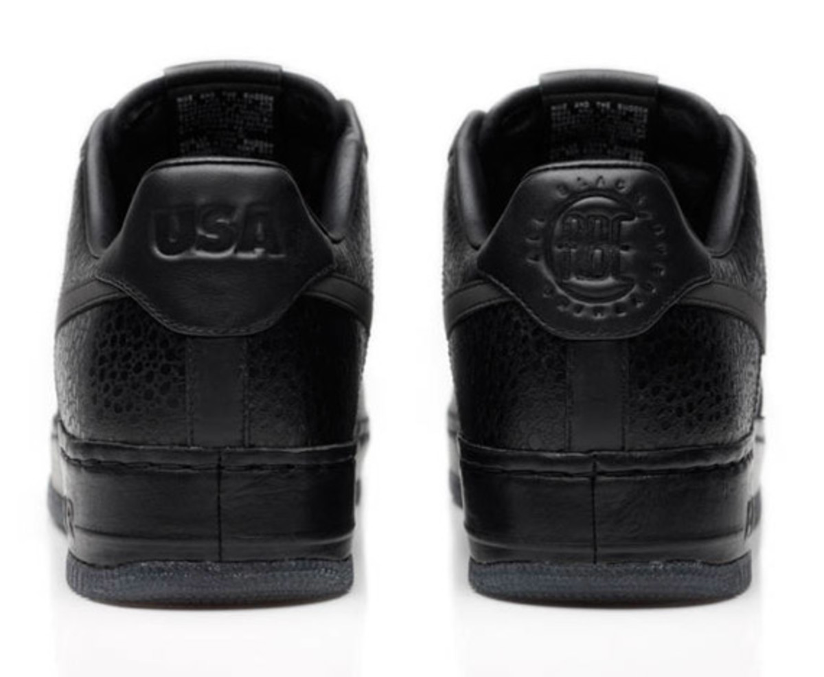 jay-z-nike-air-force-1-all-black-everything-usa-05
