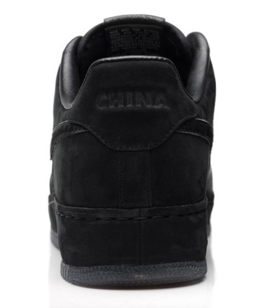 jay-z-nike-air-force-1-all-black-everything-china-07