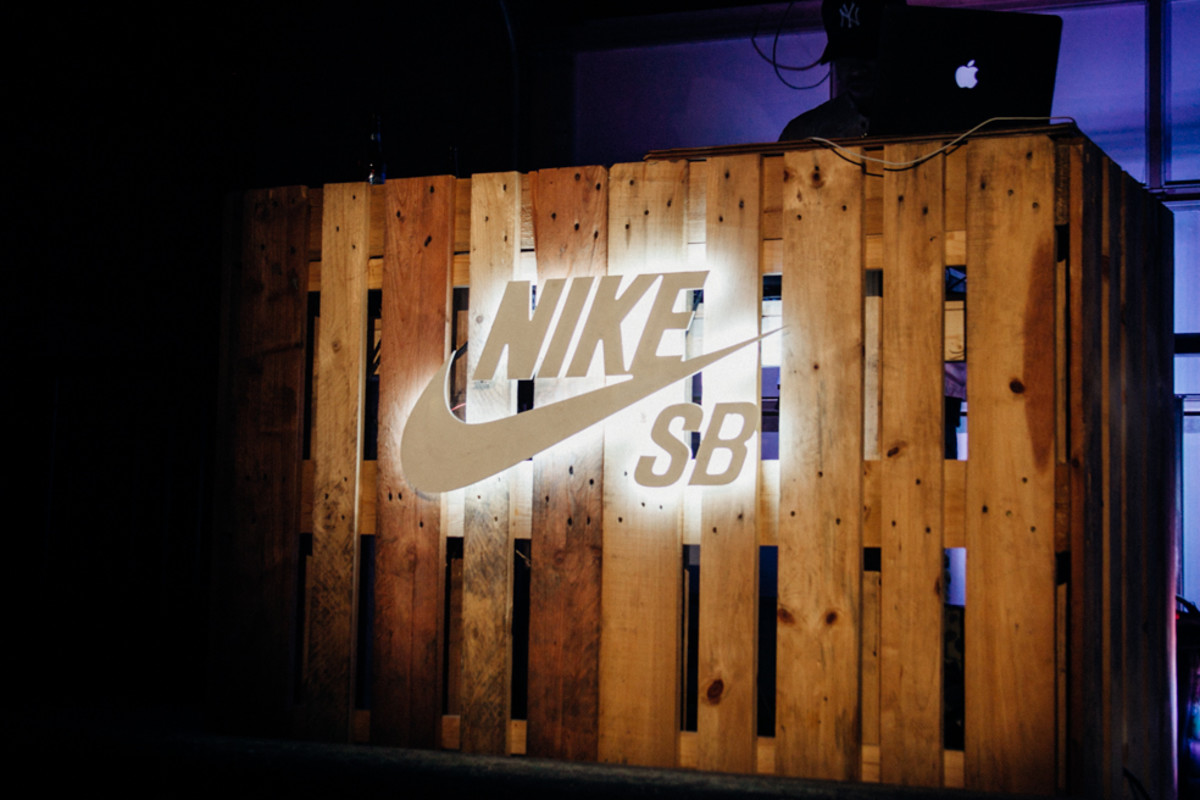 nike-sb-garage-ishod-wair-dunk-launch-8