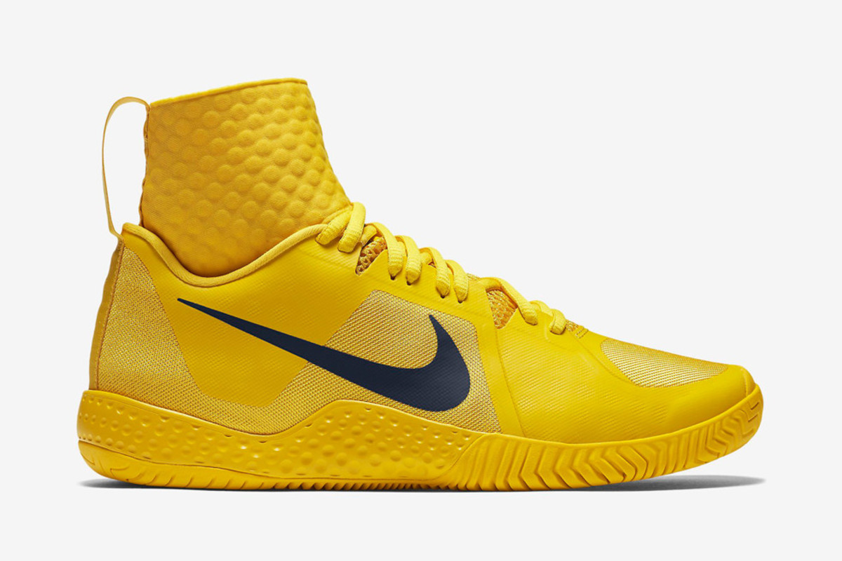 Nike s New Sneaker for Serena Williams Borrows a Page from Bruce Lee ... cc1b4c7a7