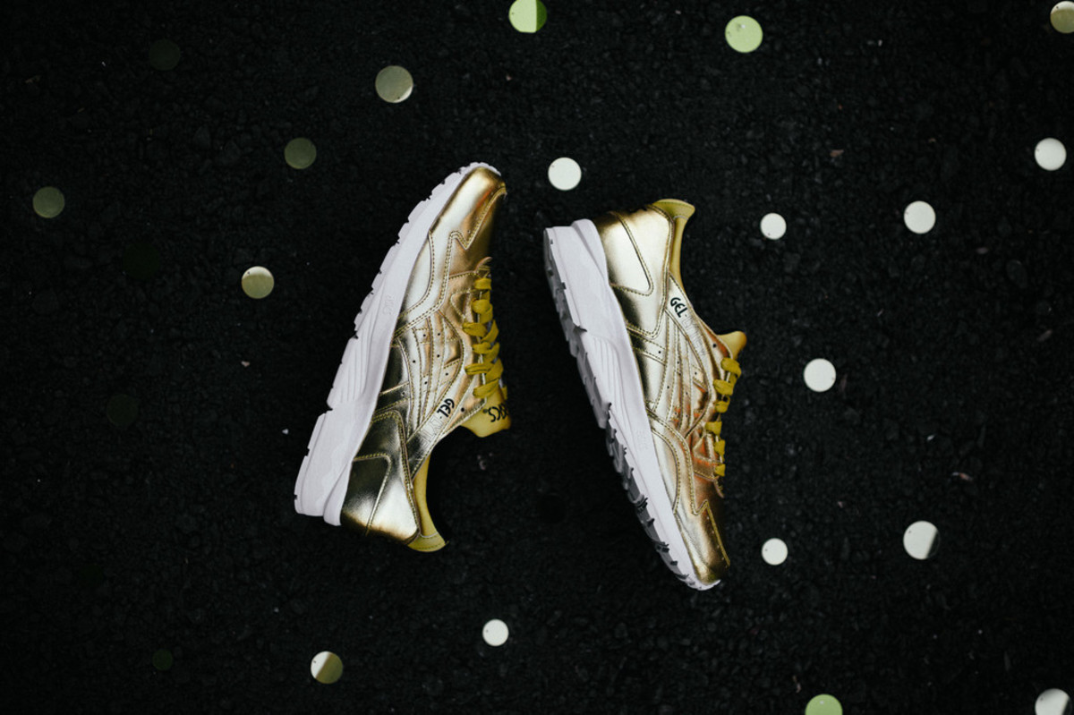 asics-holiday-champagne-pack-07