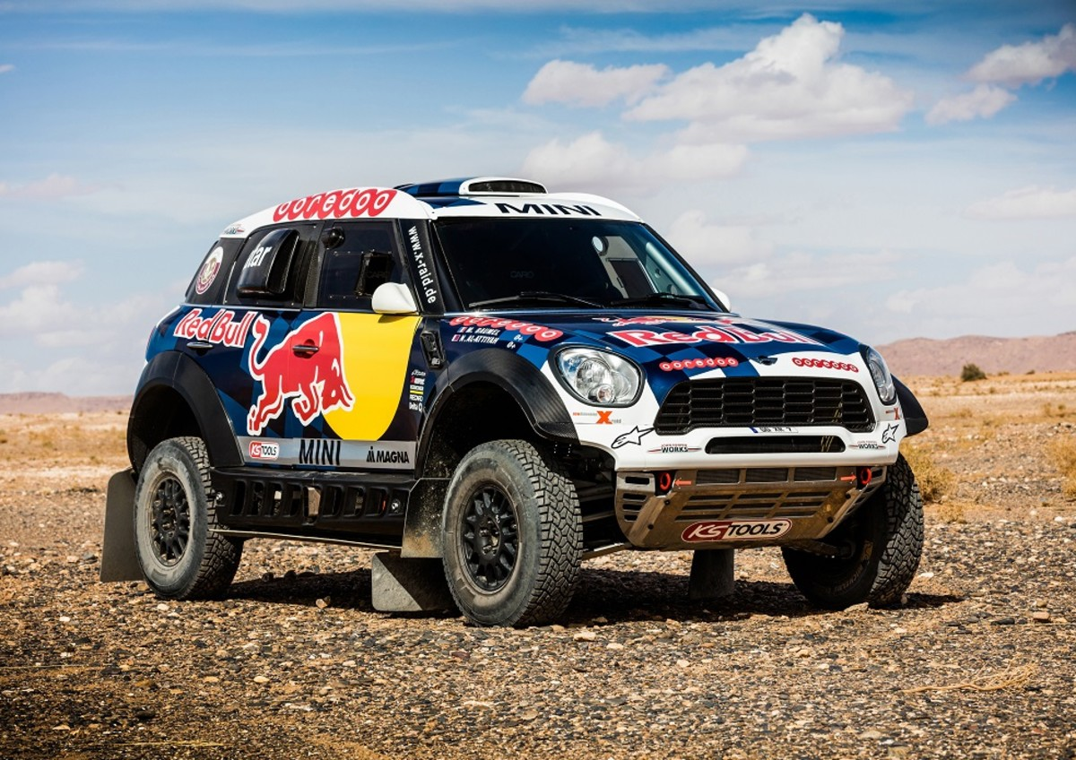 mini-unveils-their-all4-racing-entry-for-the-2016-dakar-rally-3