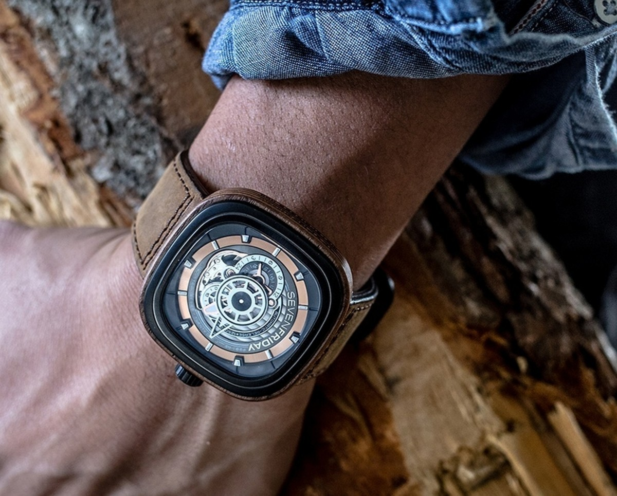 sevenfriday-p2b03-w-woody-limited-edition-3
