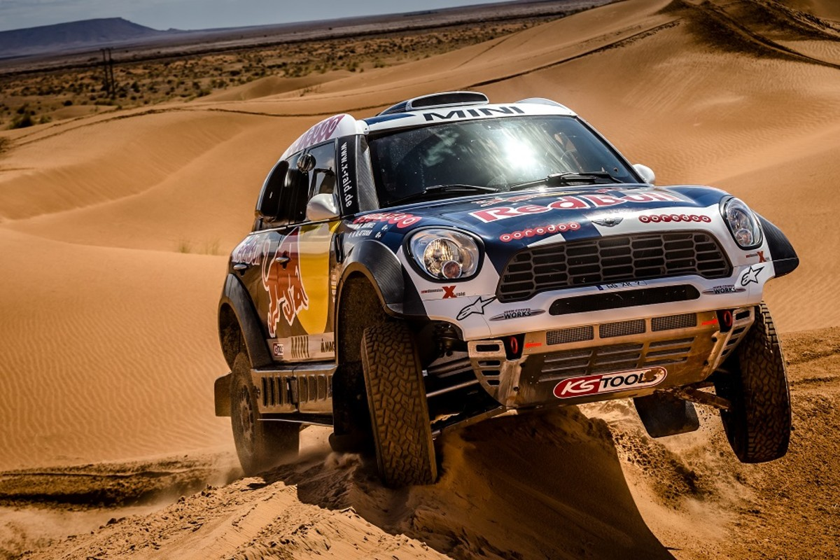 mini-unveils-their-all4-racing-entry-for-the-2016-dakar-rally-2