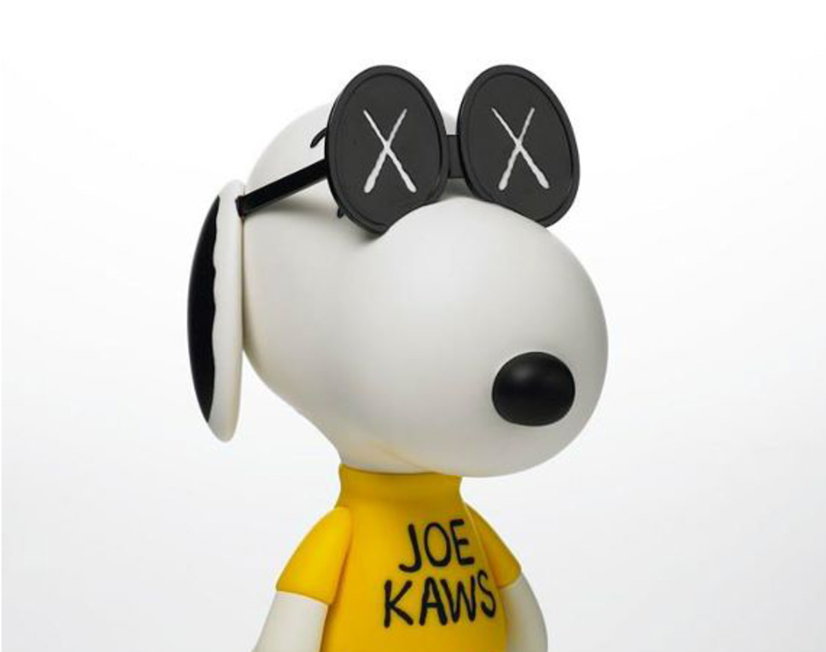 originalfake-peanuts-joe-kaws-snoopy-00