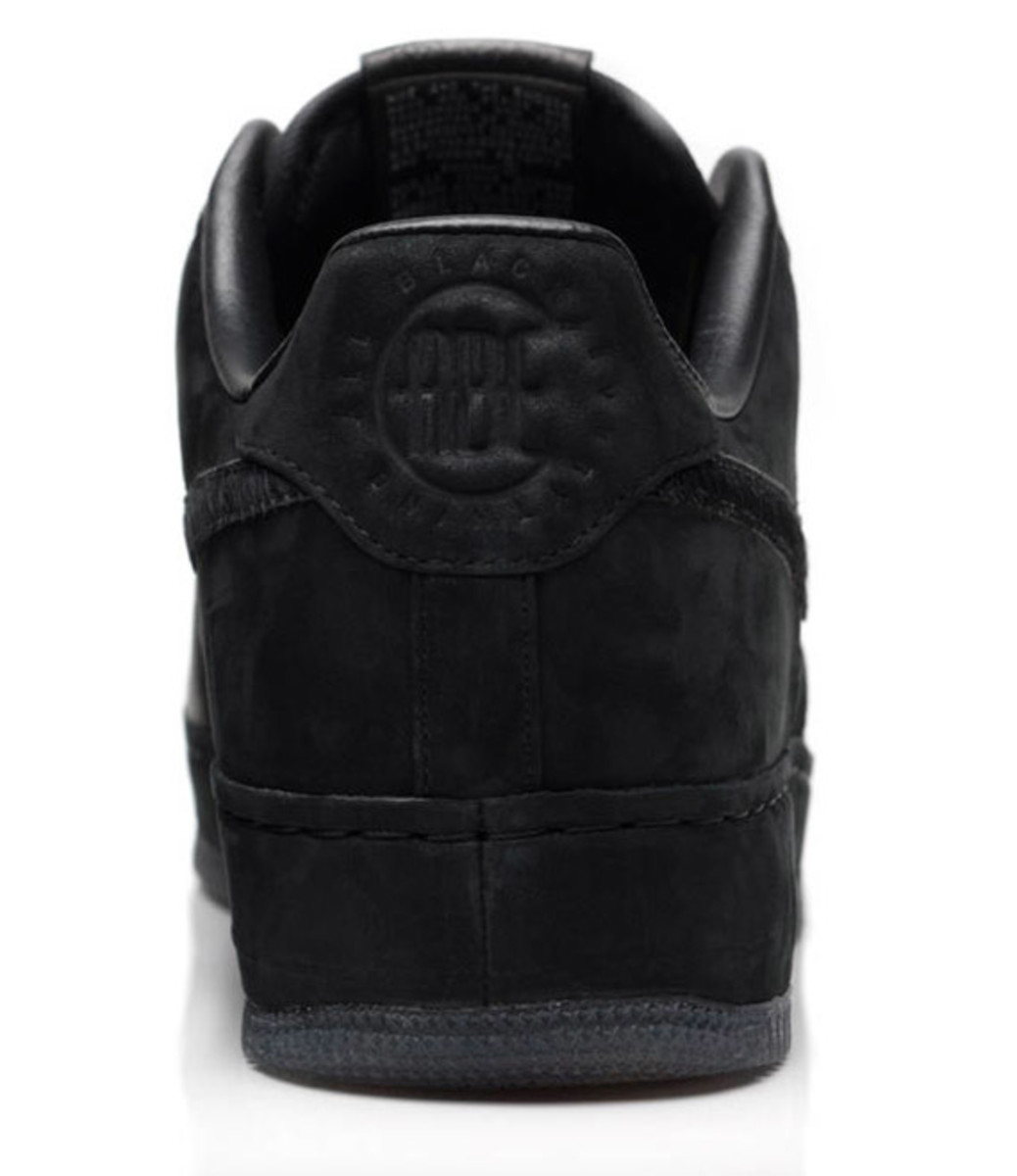 jay-z-nike-air-force-1-all-black-everything-china-08