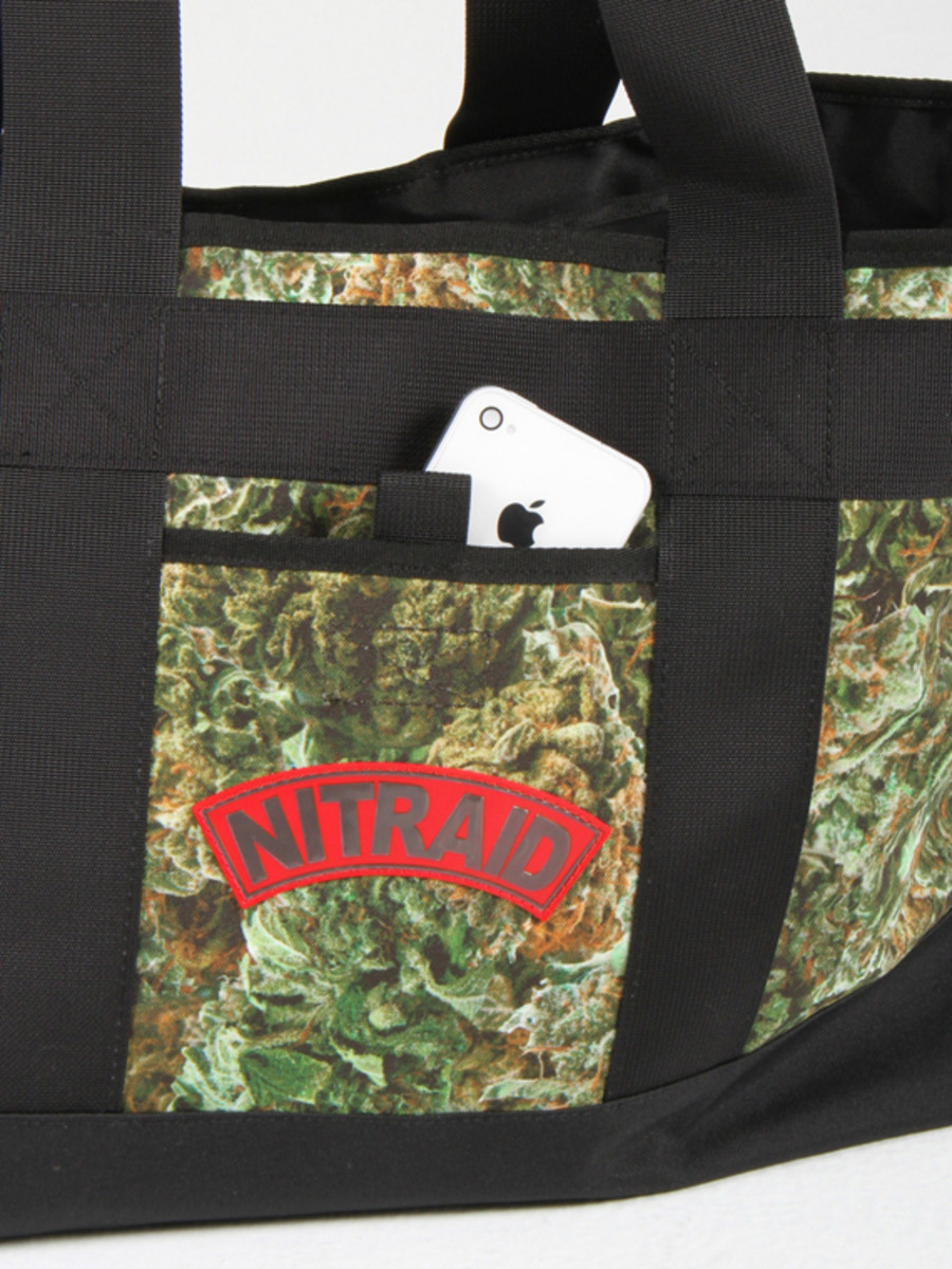 nitraid-dope-forest-tote-bag-02