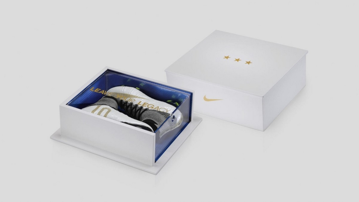 nike-mercurial-superfly-leave-your-legacy-7