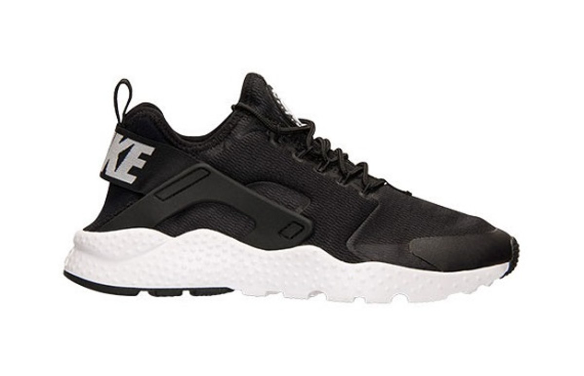 new-nike-air-huarache-ultra-colorways-set-for-december-26-release-3
