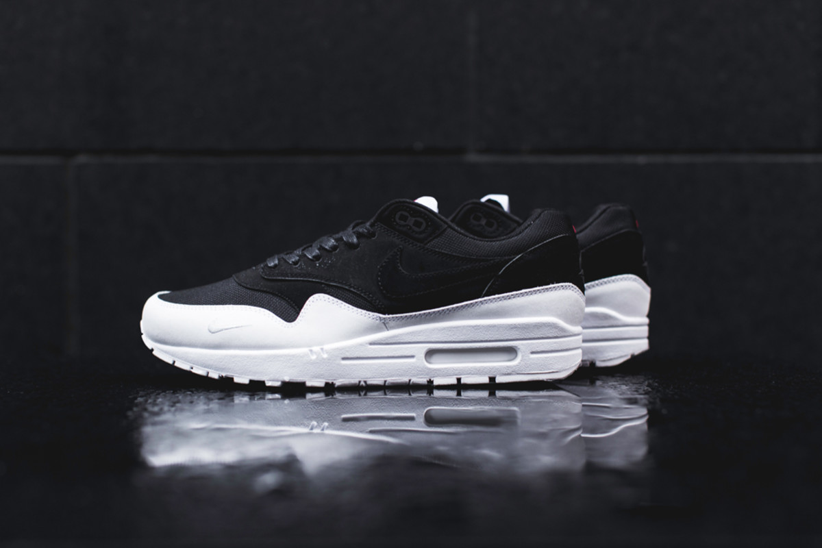 nike-air-max-1-6-closer-look-00