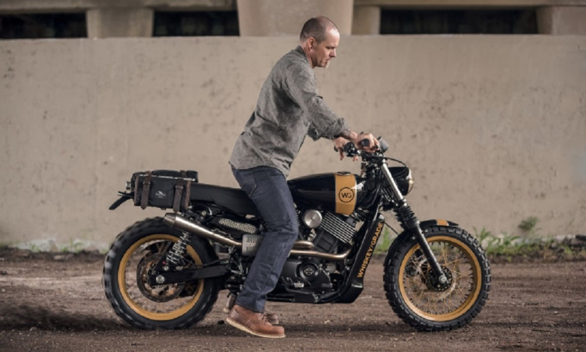 analog-motorcycles-pours-a-whiskey-grade-dirty750-harley-davidson-motorcycle-7