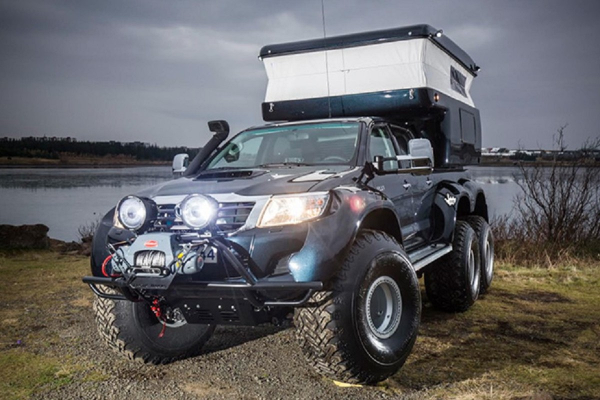 hilux-at44-6x6-arctic-truck-2
