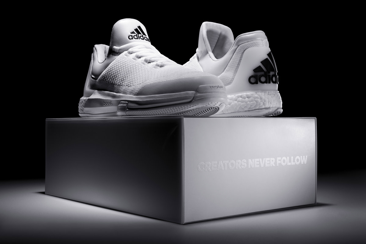 adidas-triple-white-crazylight-boost-05