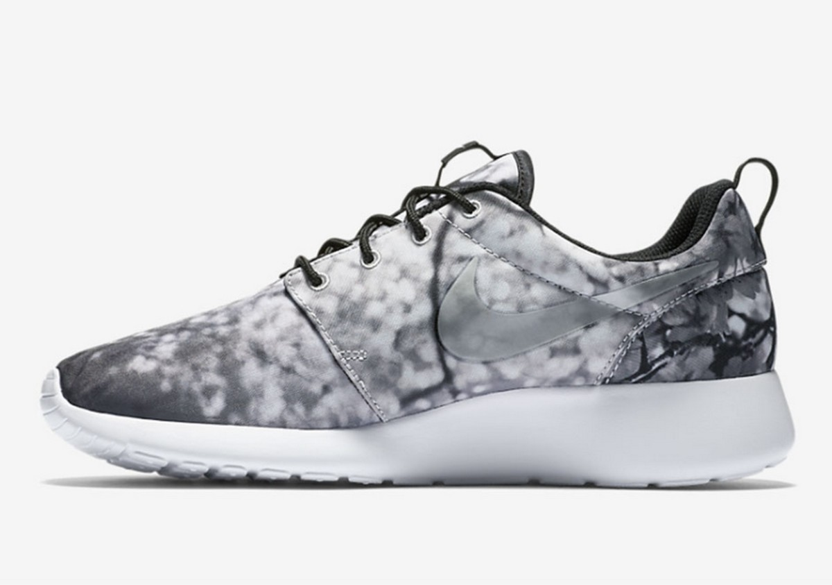 a-nike-roshe-one-inspired-by-okinawas-cherry-blossoms-3