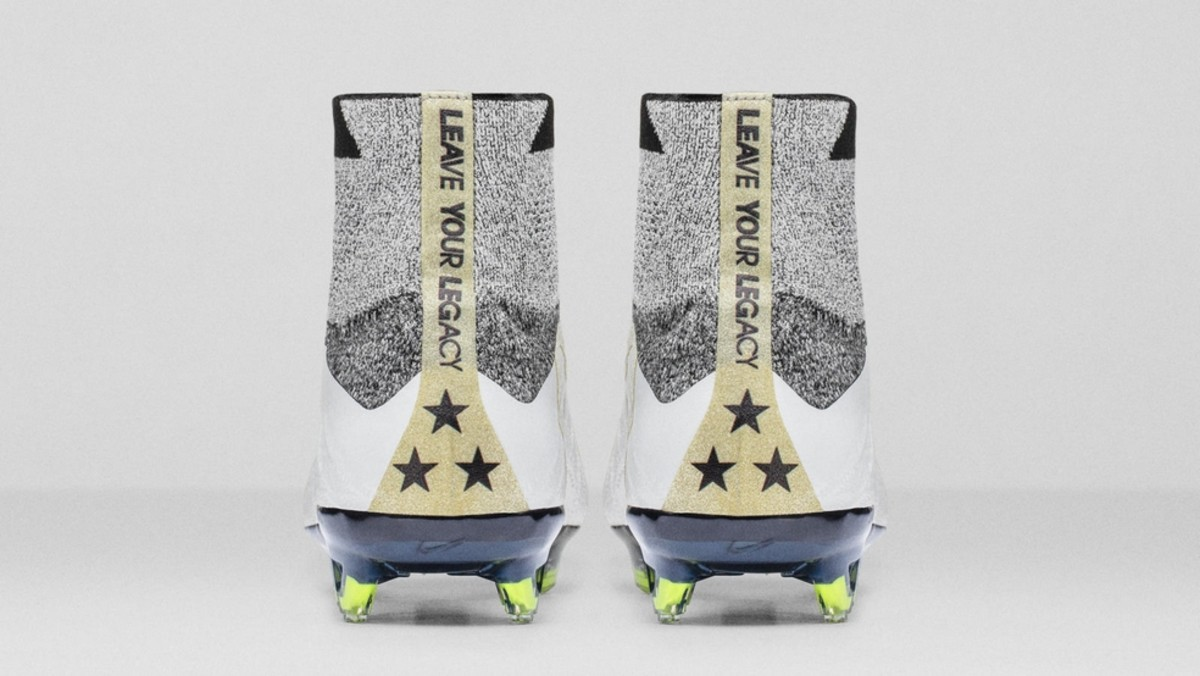 nike-mercurial-superfly-leave-your-legacy-4