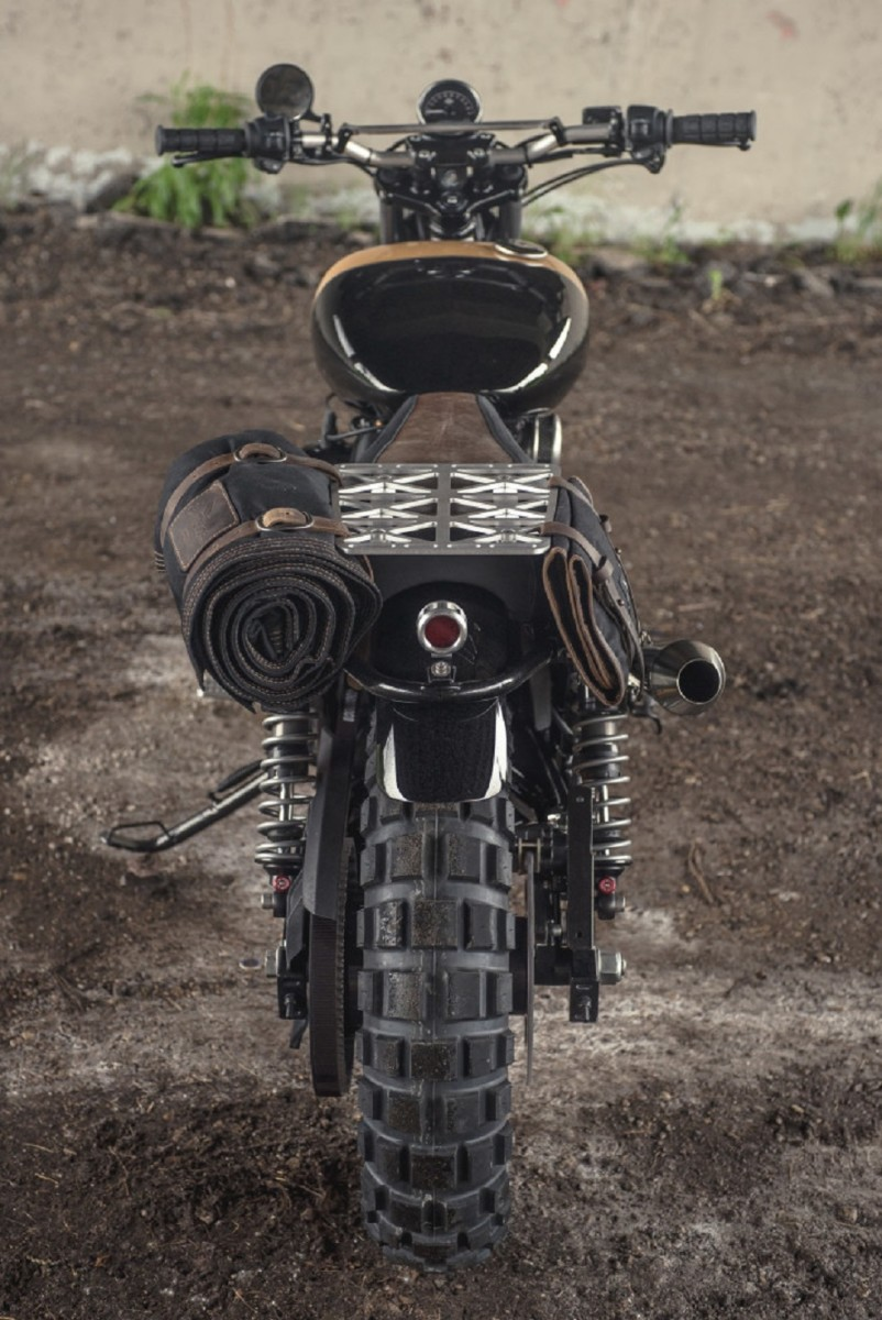 analog-motorcycles-pours-a-whiskey-grade-dirty750-harley-davidson-motorcycle-5