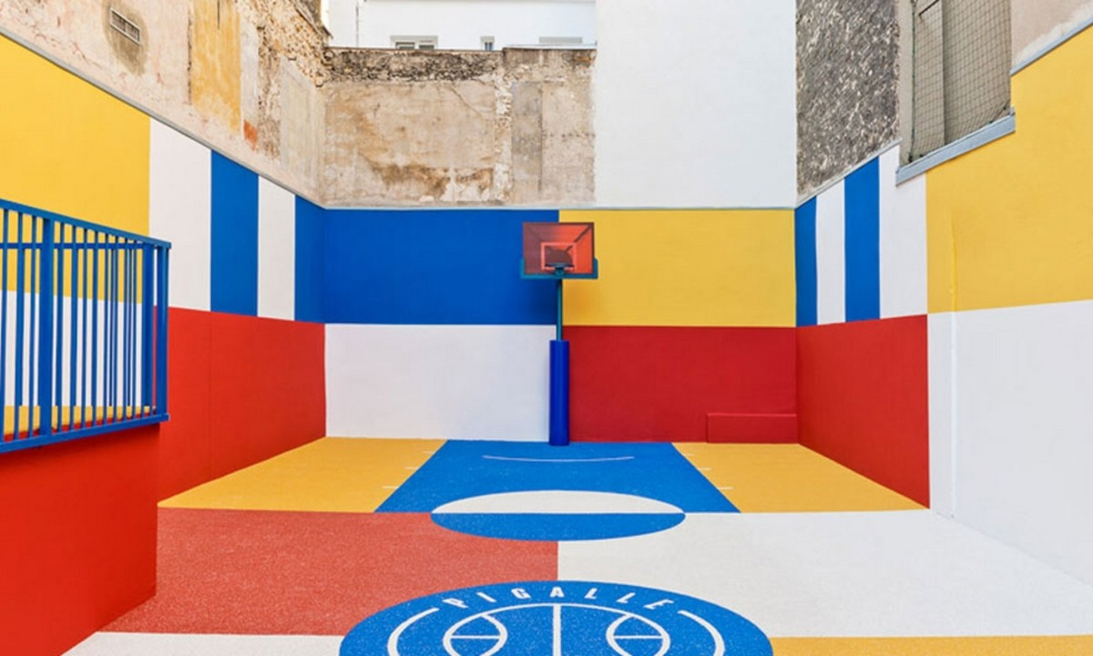pigalle-basketball-color-blocked-court-in-paris-4