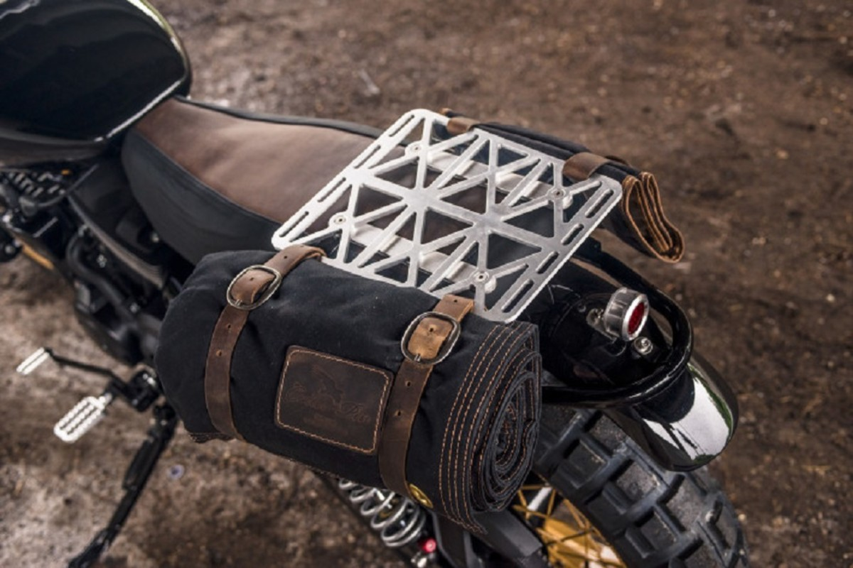 analog-motorcycles-pours-a-whiskey-grade-dirty750-harley-davidson-motorcycle-4