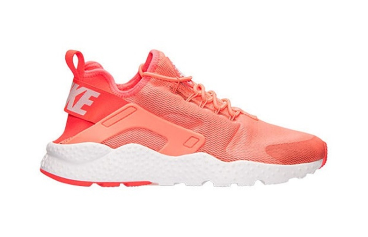 new-nike-air-huarache-ultra-colorways-set-for-december-26-release-2