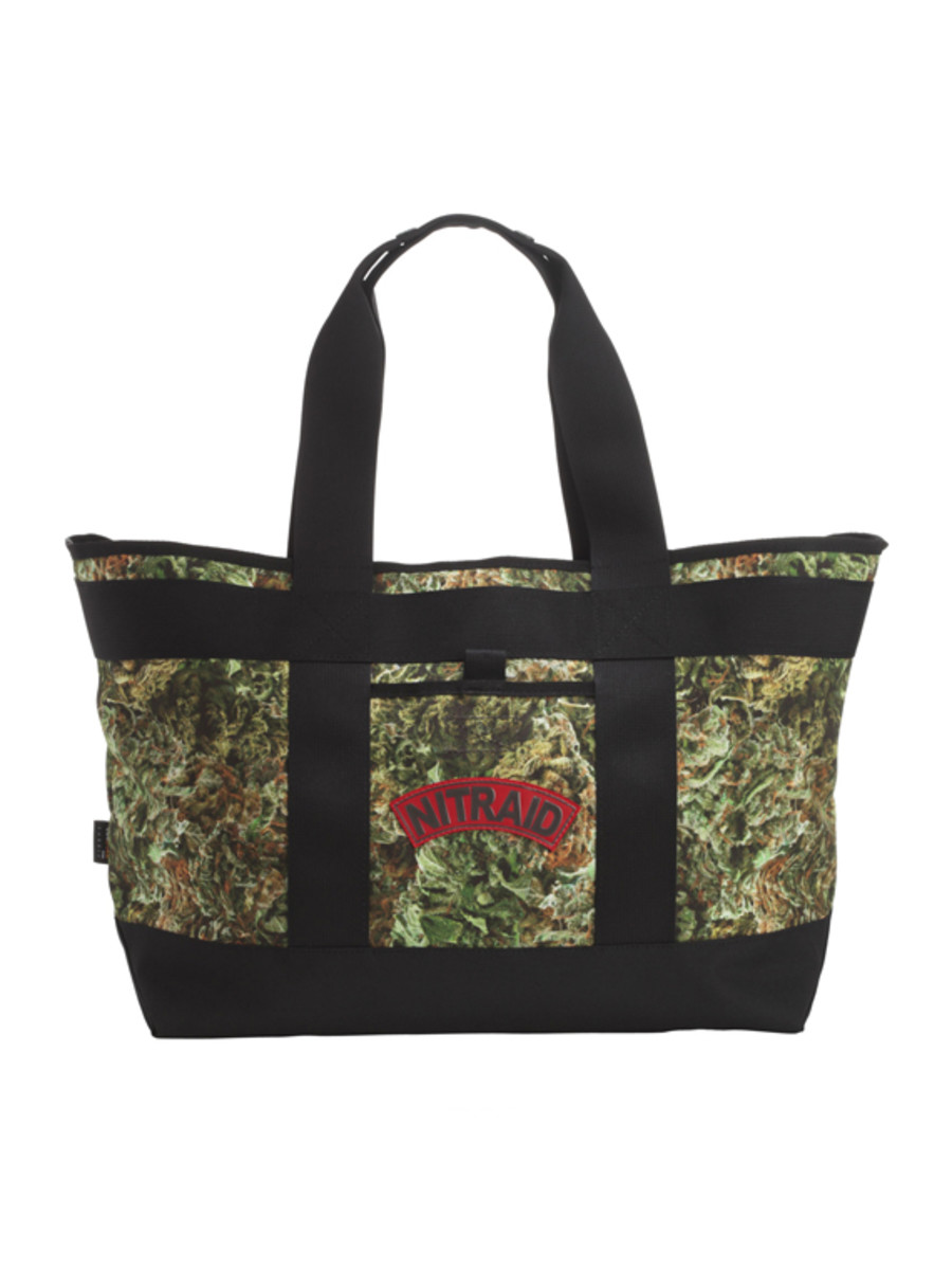 nitraid-dope-forest-tote-bag-01