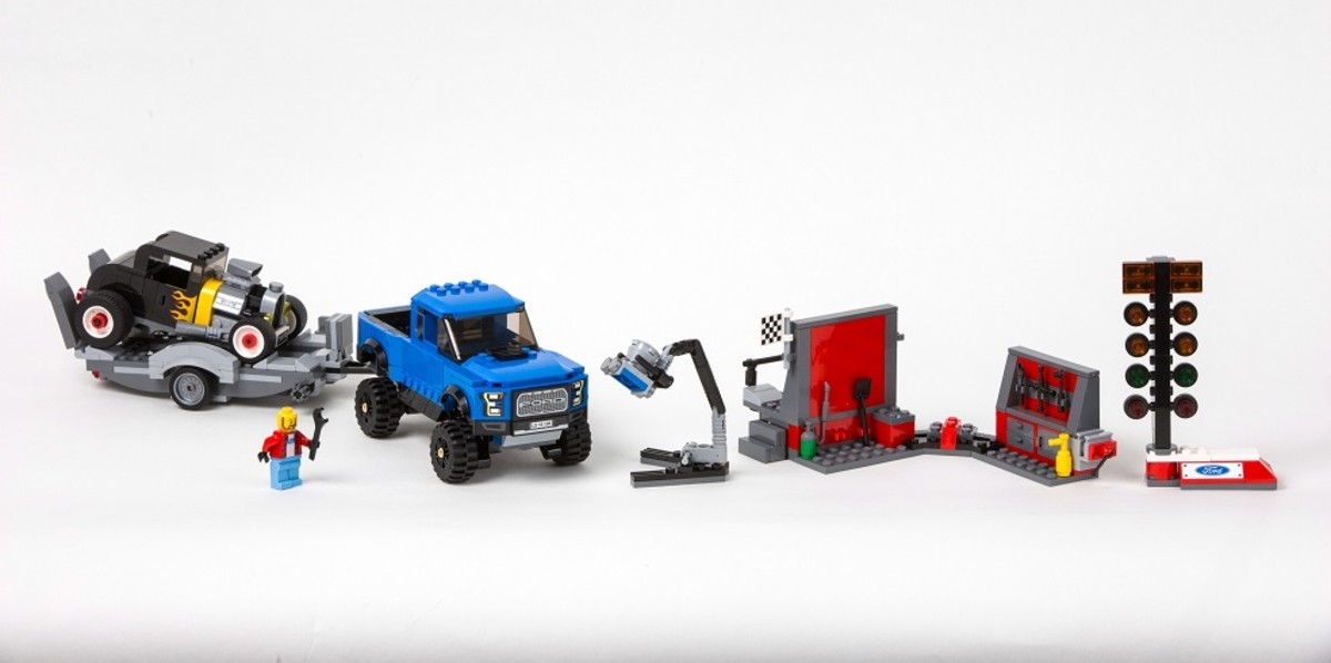 LEGO x Ford Speed Champions-1