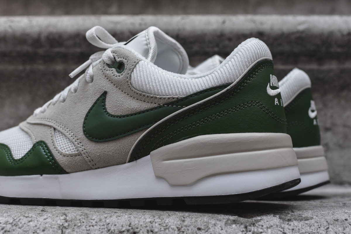 nike-air-odyssey-forest-green-02