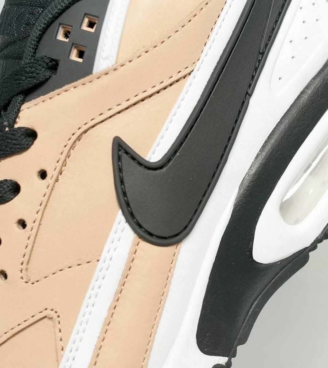 the-nike-air-max-bw-vachetta-delivers-buttery-tan-leather-5