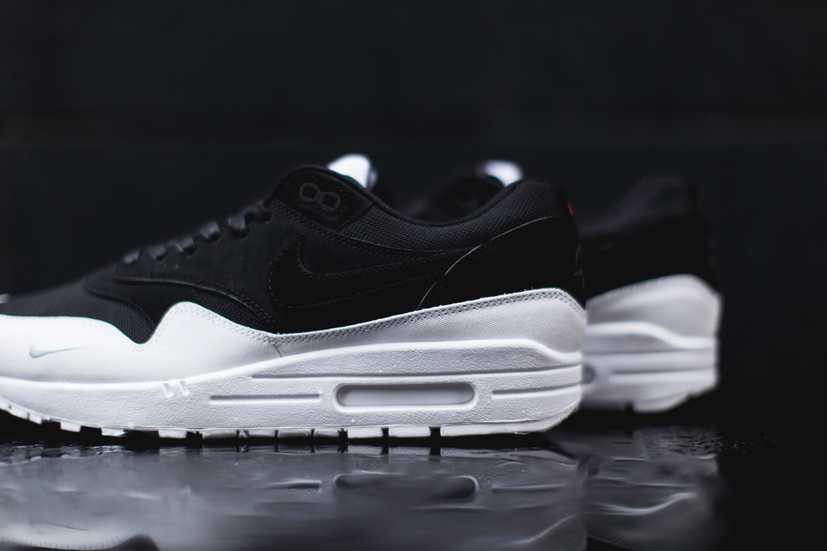 nike-air-max-1-6-closer-look-02