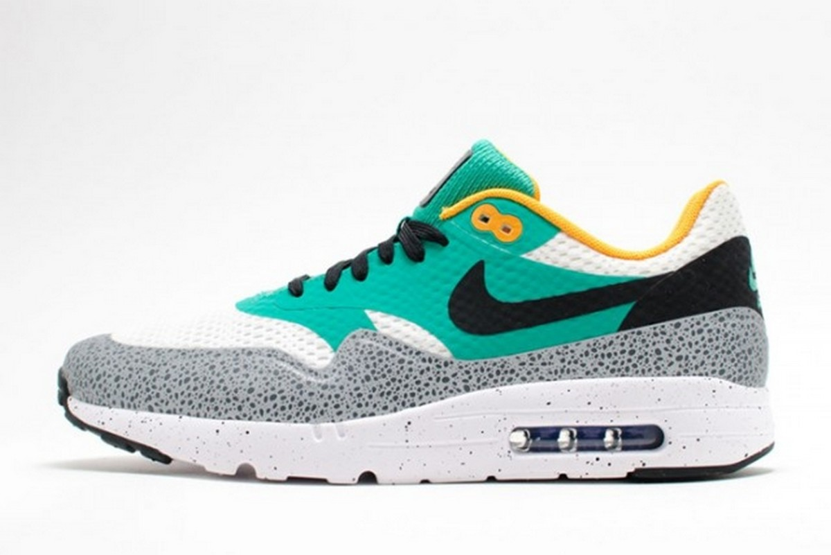 nike-reflective-safari-pack-3