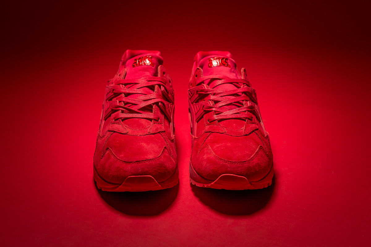 packer-shoes-asics-gel-kayano-trainer-triple-red-04.jpg