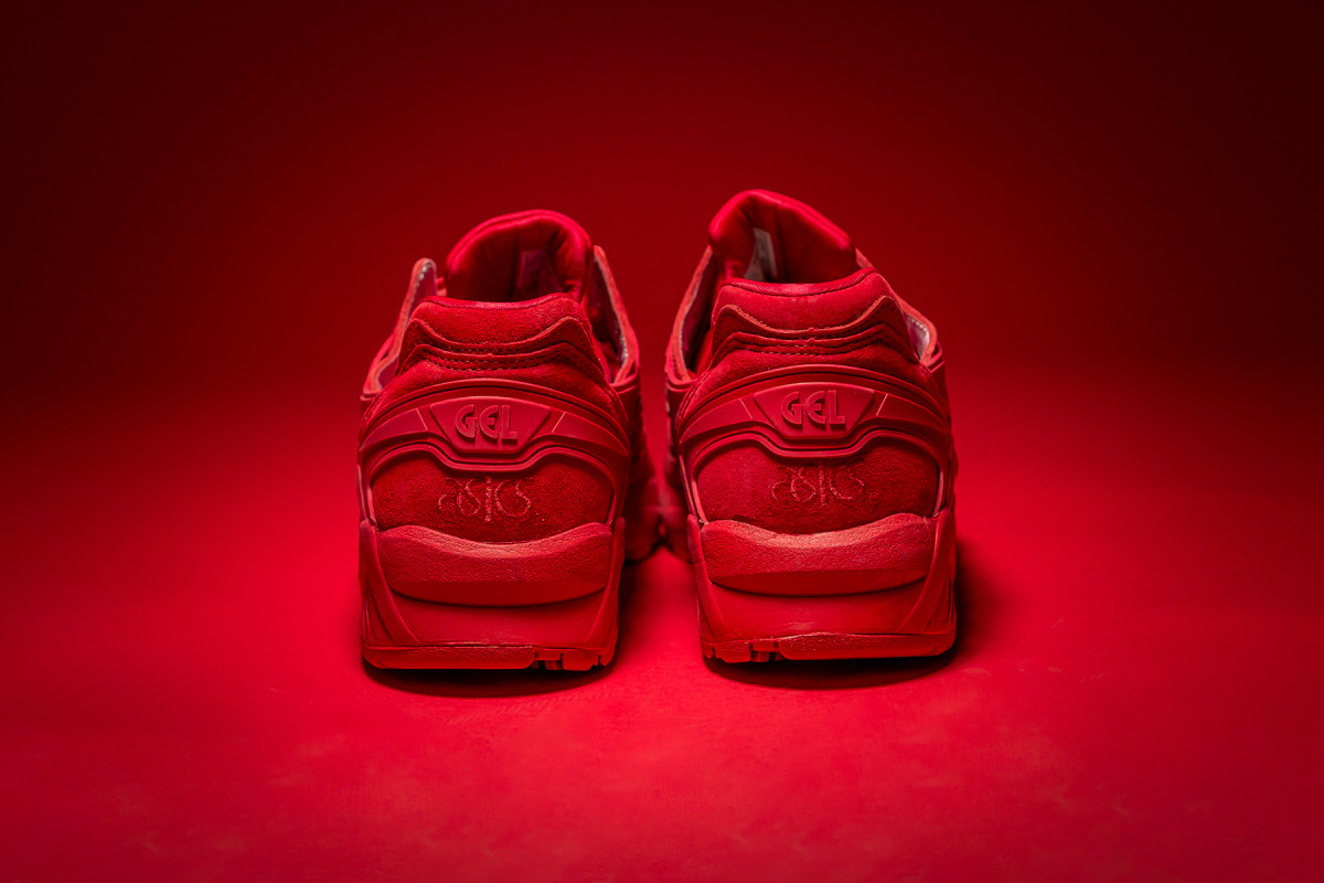 packer-shoes-asics-gel-kayano-trainer-triple-red-07.jpg