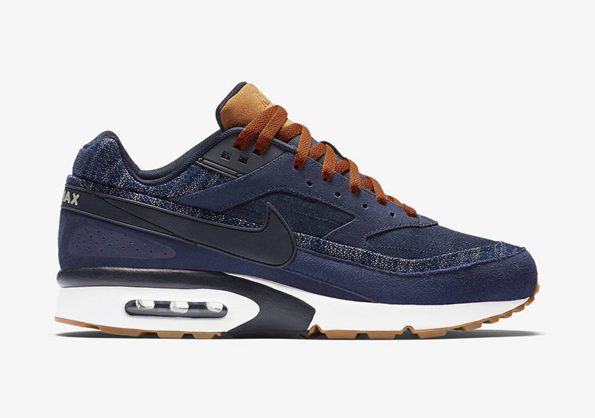 the nike air classic bw gets the denim treatment. Black Bedroom Furniture Sets. Home Design Ideas