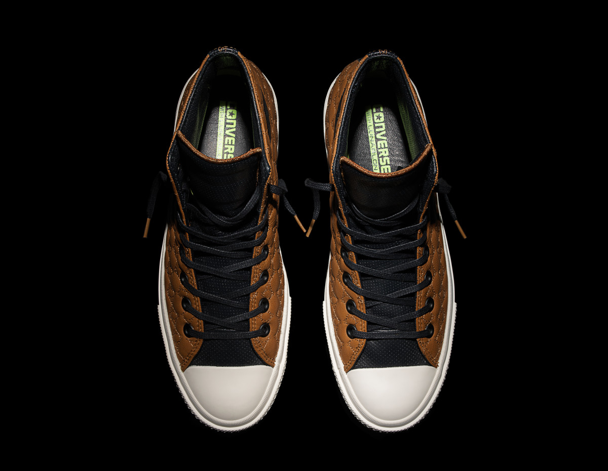 converse-chuck-taylor-all-star-ii-car-leather-pack-03.jpg