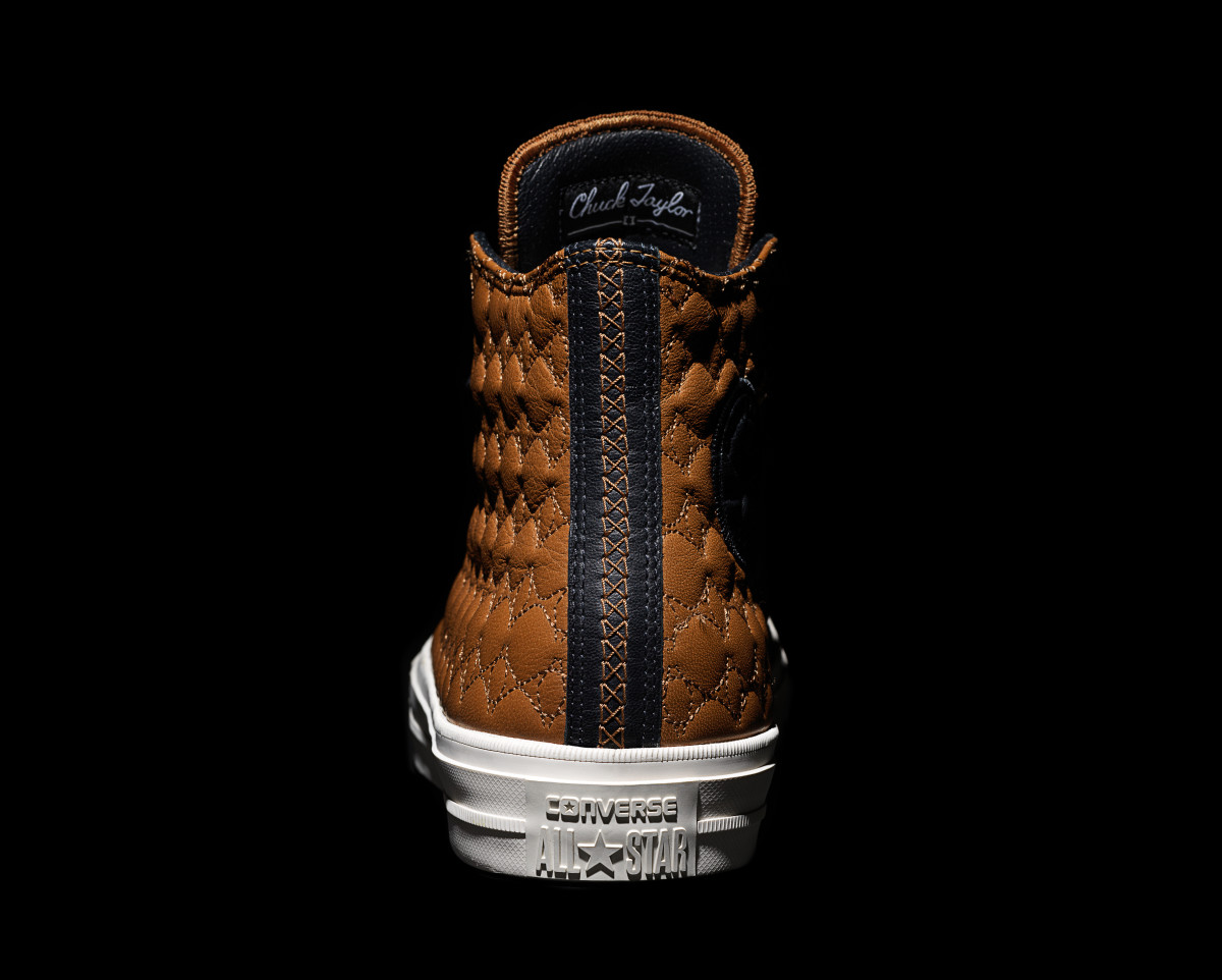 converse-chuck-taylor-all-star-ii-car-leather-pack-05.jpg